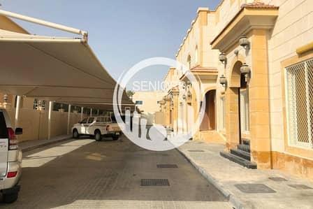 6 Bedroom Villa for Rent in Khalifa City A, Abu Dhabi - Delightful villa w/ private swimming pool