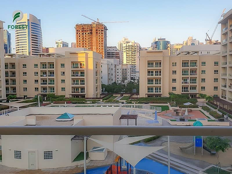 Spacious 2 Bedroom plus Study with Pool View