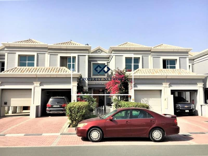 24 SPACIOUS 4 BED VILLA IN FALCON CITY