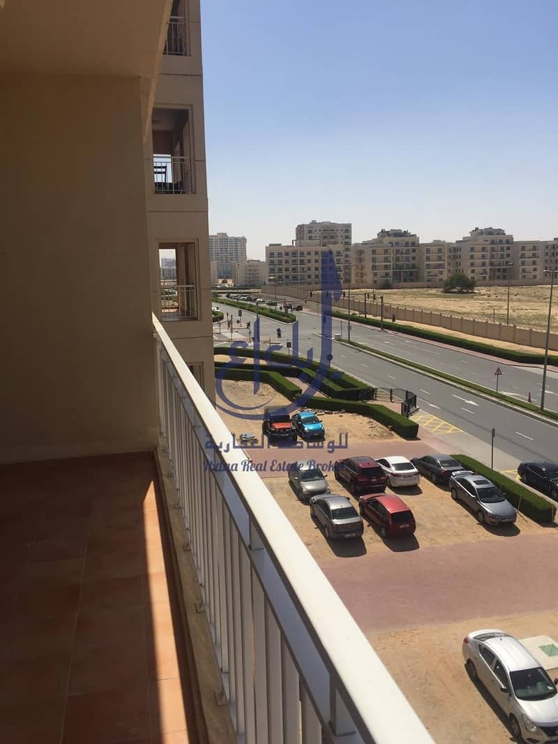 Huge 1bhk Open View  Ready to move