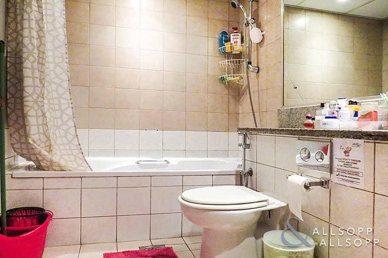 10 2 Bedrooms   Exclusive Property   Greens