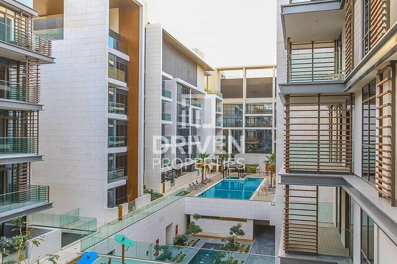 Pool View | High floor | Lovely apartment