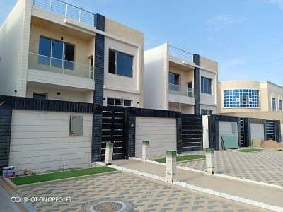 فیلا 5 غرف نوم للبيع في المويهات، عجمان - فيلا مختلفة التصميم والديكورات في عجمان للبيع