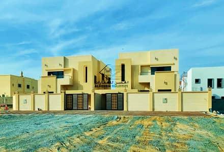 5 Bedroom Villa for Sale in Al Mowaihat, Ajman - Super Dulux finishing very modern decorations