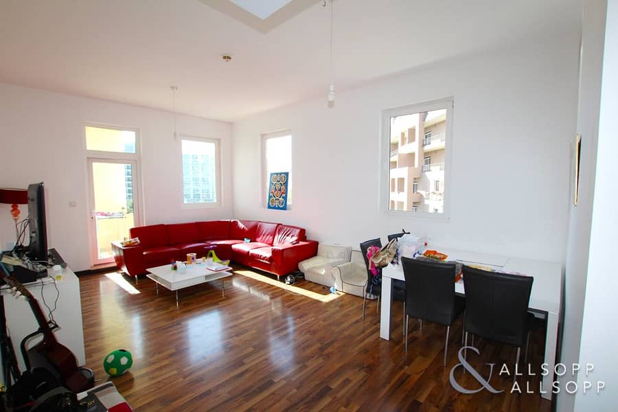 2 Three Bed | Upgraded Flooring | Pool View