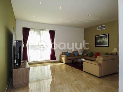 شقة فندقية 1 غرفة نوم للايجار في بر دبي، دبي - Living Room