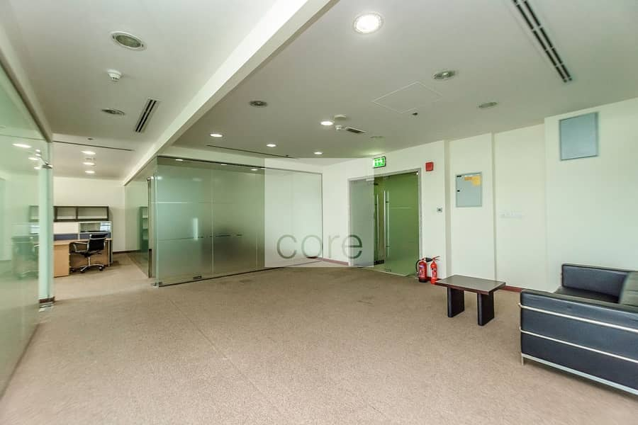 2 furnished office for sale | Reef
