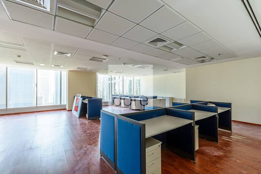 2 Fitted office with partitions in Saba 1.