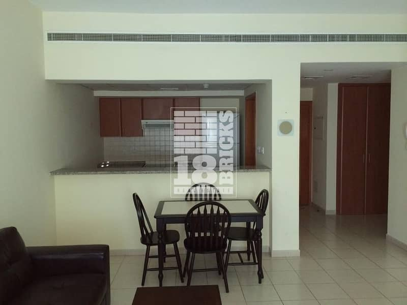 2 Ideal Location | Negotiable | Vacant July