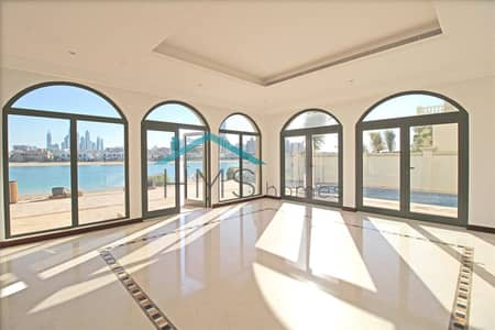 4 Bedroom Villa for Sale in Palm Jumeirah, Dubai - High Number | Atrium Entry | Skyline Views