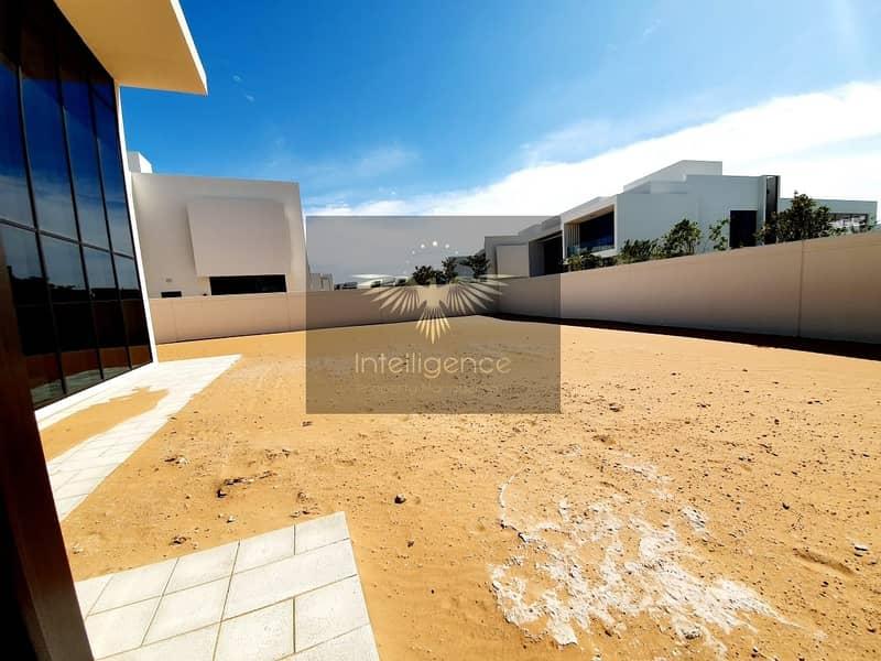 15 A corner villa perfect for your next dream home!