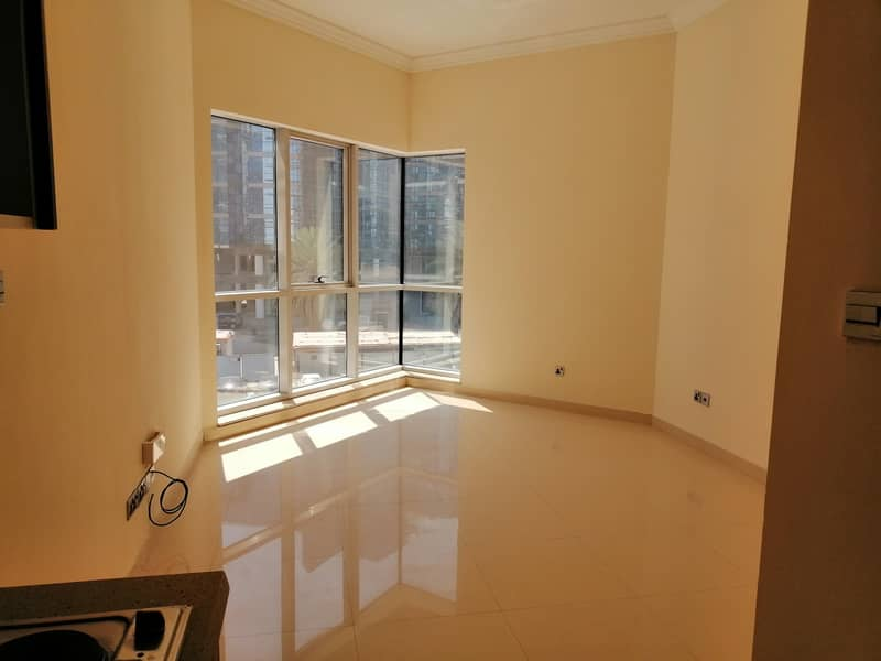 Direct from Landlord | 1month free |  Modern Style Studio Apartment located next to Deira City Center