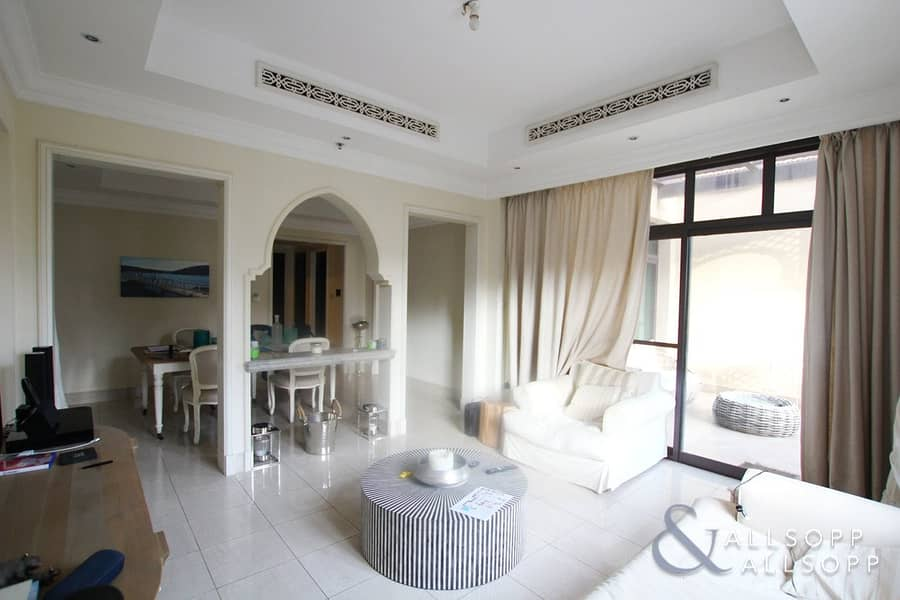 2 Tajer | Pool View | Vacant On Transfer