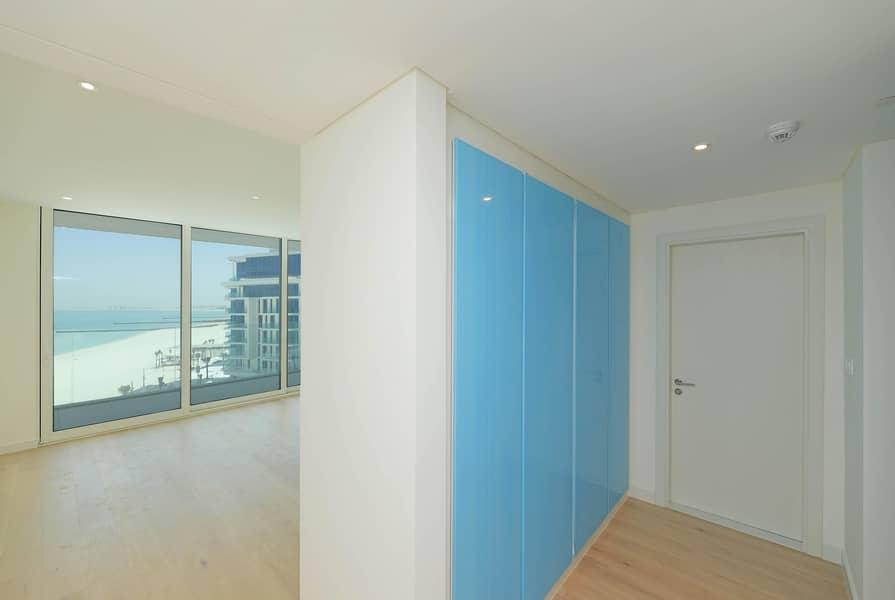 2 Premium Residential Apartment -4 Beds - Sea View!