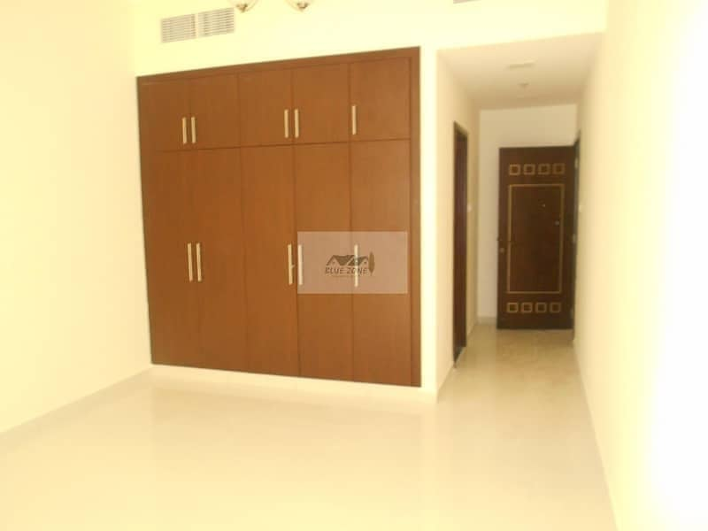 2 2BHK JUST 1 YEAR OLD 5 MINUTES BY WALK TO DEIRA CITY CENTER POOL GYM PARKING 73K