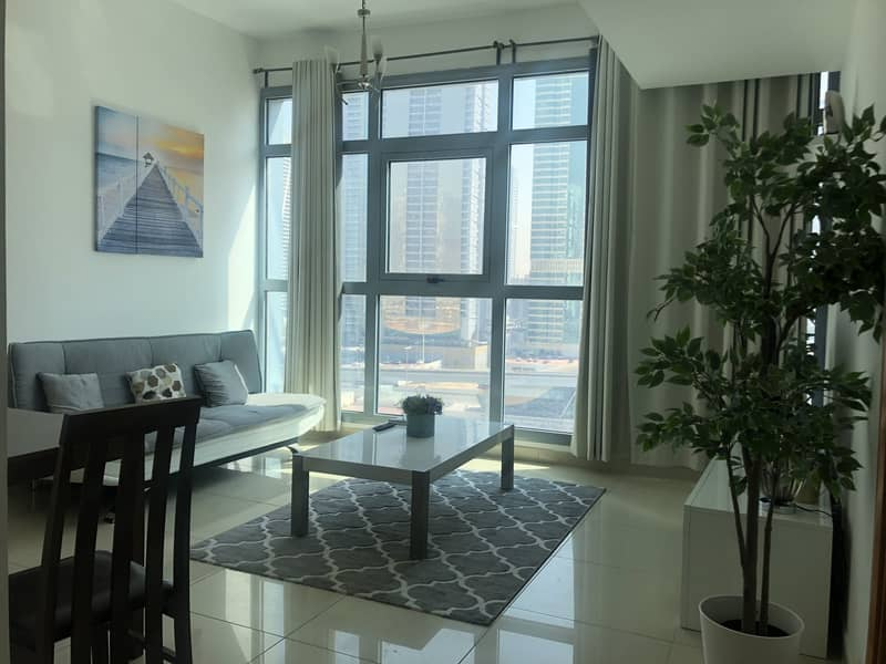 Next to Metro/Fantastic 1Bedroom Apartment/Marina Residence