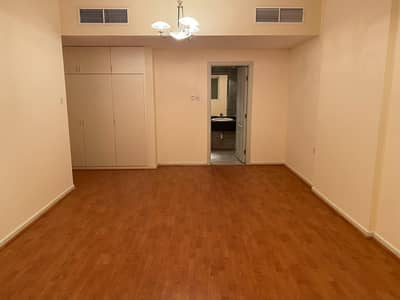 MARVELOUS DEAL ONLY FOR FAMILY BIG DEAL AC FREE LUXURY WOODEN FLOOR EVER 2BHK NEAR METRO WITH BALCONY 3 BATHS HUGE BALCONY 1 MASTER WARDROBES GYM POOL FREE PARKING