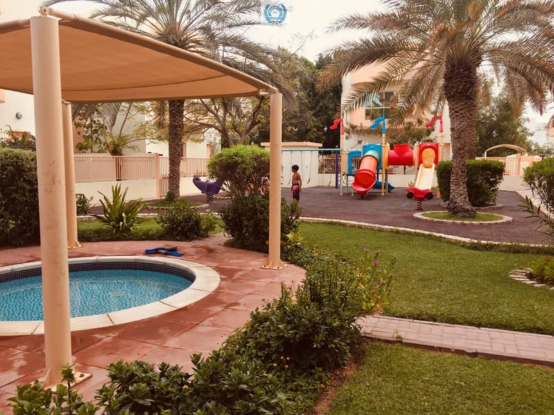 2  Pool GYM & Garden