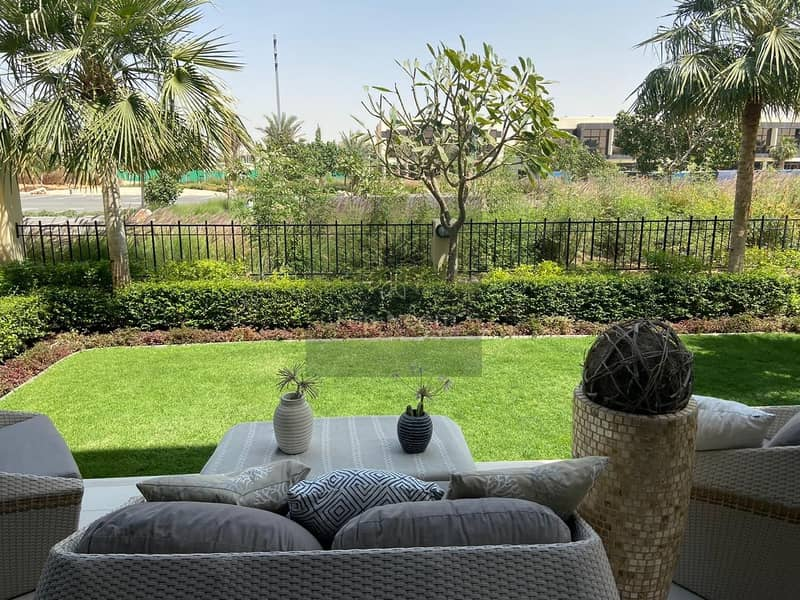 12 Luxurious and distinctive villa in DAMAC Hills
