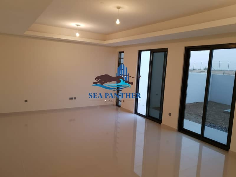 Brand New   Exquisite 5-Bed Villa   Ready to move in