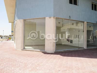 Shop for Rent in Al Jurf, Ajman - For rent a large area commercial store in the Al-Jarf area behind the Chinese market in a new area - it can be used for many commercial purposes.
