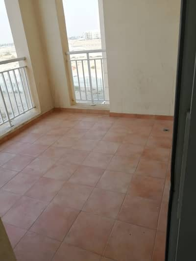 1bedroom   for rent in queue point mazaya liwan