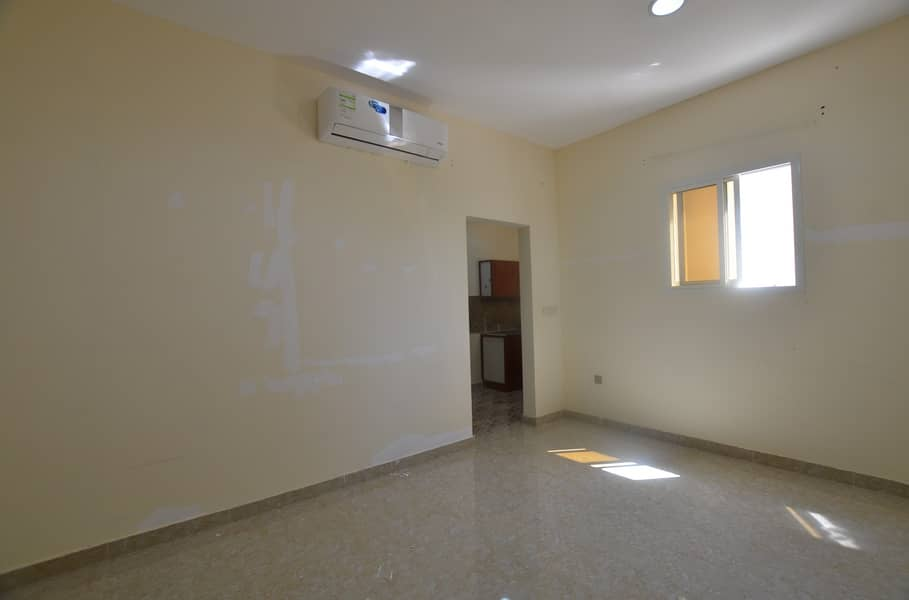 A High - Caliber 1 bedroom hall in 2 washroom available
