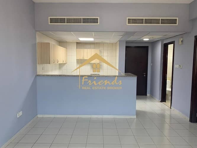 2 SPACIOUS! FAMILY BUILDING! ONE BEDROOM FOR  RENT IN FRANCE CLUSTER P-17 BLDG