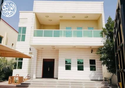 5 Bedroom Villa for Rent in Al Rawda, Ajman - Fantastic location and price in Ajman villa for rent modern design central air conditioning very clean finishing super deluxe close to all services