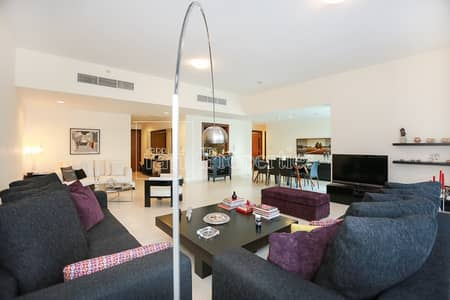 3 Bedroom Flat for Sale in Business Bay, Dubai - 3+Maids with Beautiful Canal View in Tower J