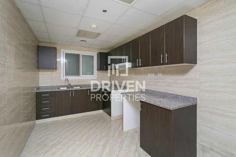 2 Amazing Apt   One Month Free   Canal View