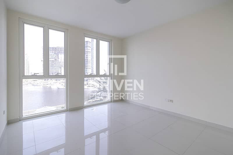 19 Amazing Apt   One Month Free   Canal View