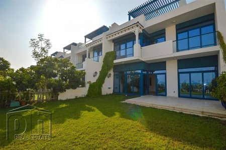5 Bedroom Townhouse for Rent in Palm Jumeirah, Dubai - Sea View | 5B+M Townhouse | Rooftop Graden
