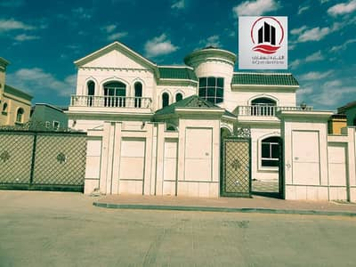 Excellent villa for sale 10000 sq ft main street  central AC