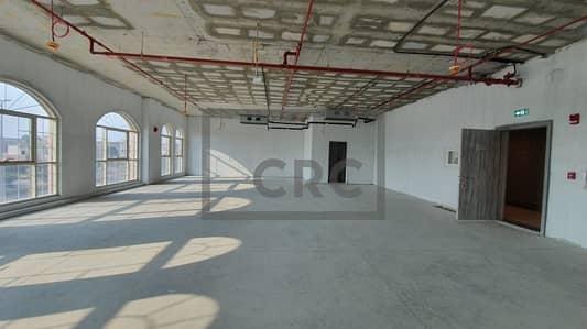 مکتب  للايجار في الصفا، دبي - Shell & Core | Unique property | Al Wasl Road