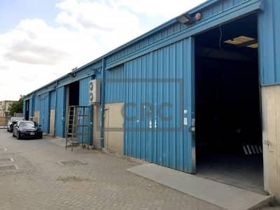 مستودع  للايجار في القوز، دبي - Warehouse with mezzanine   Amazing Price