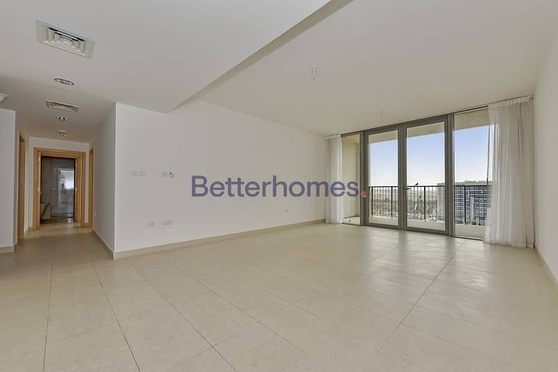 Spacious and bright unit with storage in Al Zeina
