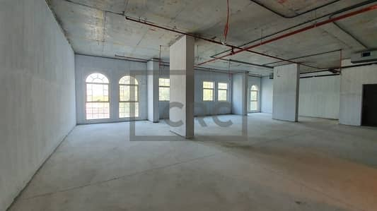 مکتب  للايجار في الصفا، دبي - Al Wasl Road | Prime Property | Shell & Core |