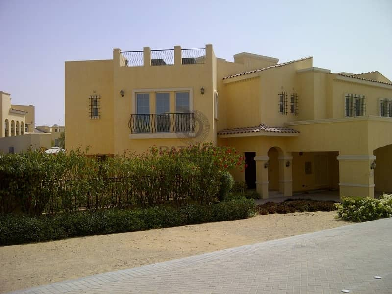 10 Sapacious Beautifull 4 Bed Room Plus Miad Villa Al Waha