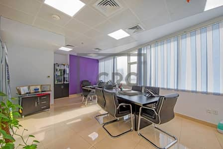 Office for Rent in Jumeirah Lake Towers (JLT), Dubai - Stunning Partitioned Office | Fully Furnished