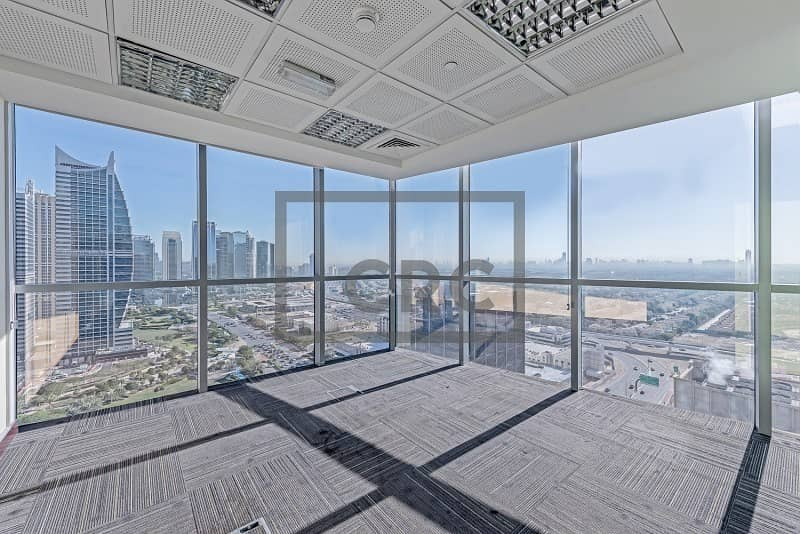 Full Floor|Panoramic View|Close to Metro