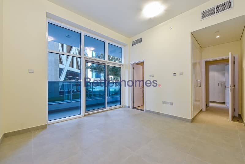 2 Brand New|View Today|Chiller Free|Valet Parking