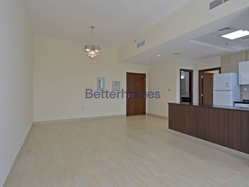 Community View | Middle Floor | Unfurnished