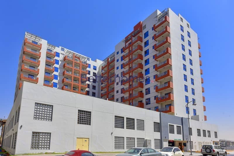 17 Lovely 2 Bed in Liatris at Azizi Residence