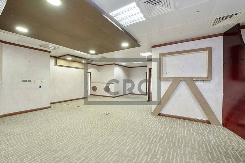 2 Fitted | Partition | FREE DEWA and CHILLER