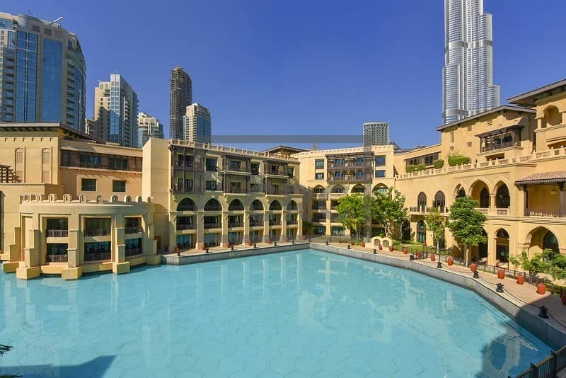 Dubai Fountain View | Signature Office  | 7 Parking