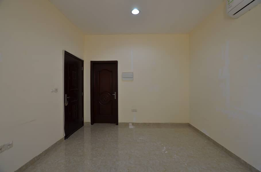 Spacious 1 bhk with 0 Commission available for Lease