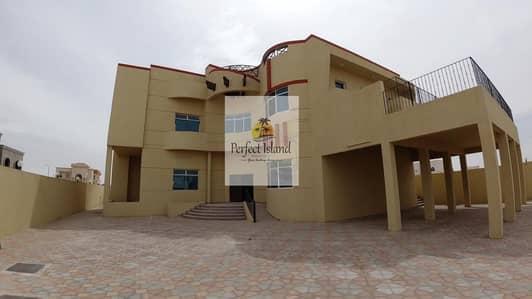 فیلا 5 غرف نوم للايجار في جنوب الشامخة، أبوظبي - Stand Alone  5 BR  | Extension Service |  Elegant Finishing