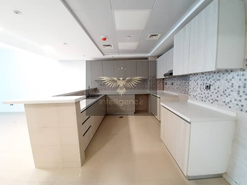2 Sea View! Modern Type Brand New Unit with Balcony!
