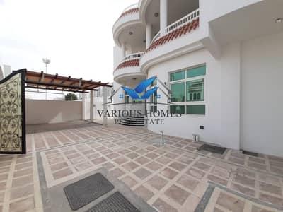 فیلا 5 غرف نوم للايجار في شارع المطار، أبوظبي - Brand New Villa Available at Al Wahda Area For 255000/= With 2 payments